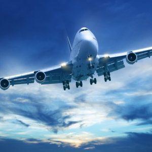 10 речей, яких краще не робити в літаку